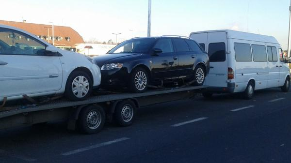Transport auto pe platforma Romania Italia audi a4 seat leon