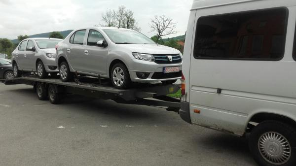 Transport autoturisme pe platforma Romania Italia dacia logan