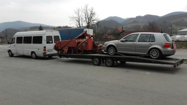 Transport utilaj agricol pe platforma Italia Romania