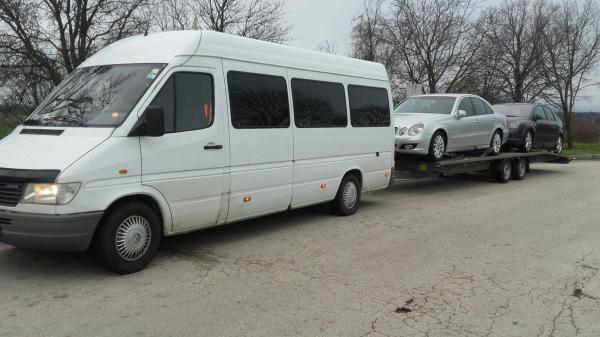 Transport auto pe platforma Italia Romania mercedes e classe si ford focus